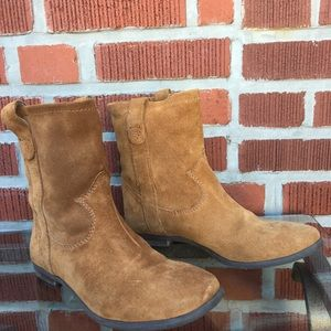 Vince Camuto | Fanti Western Suede Boots